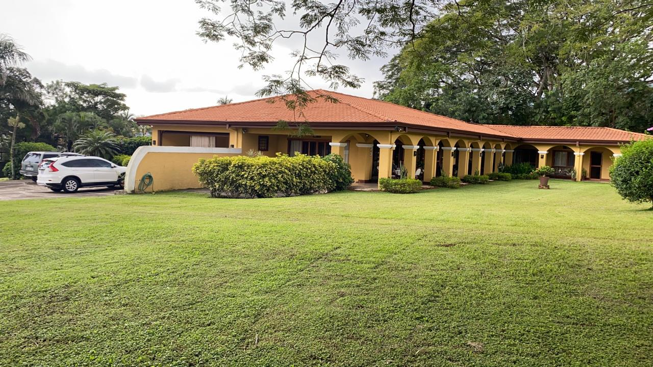 Casa en Ciudad Colón