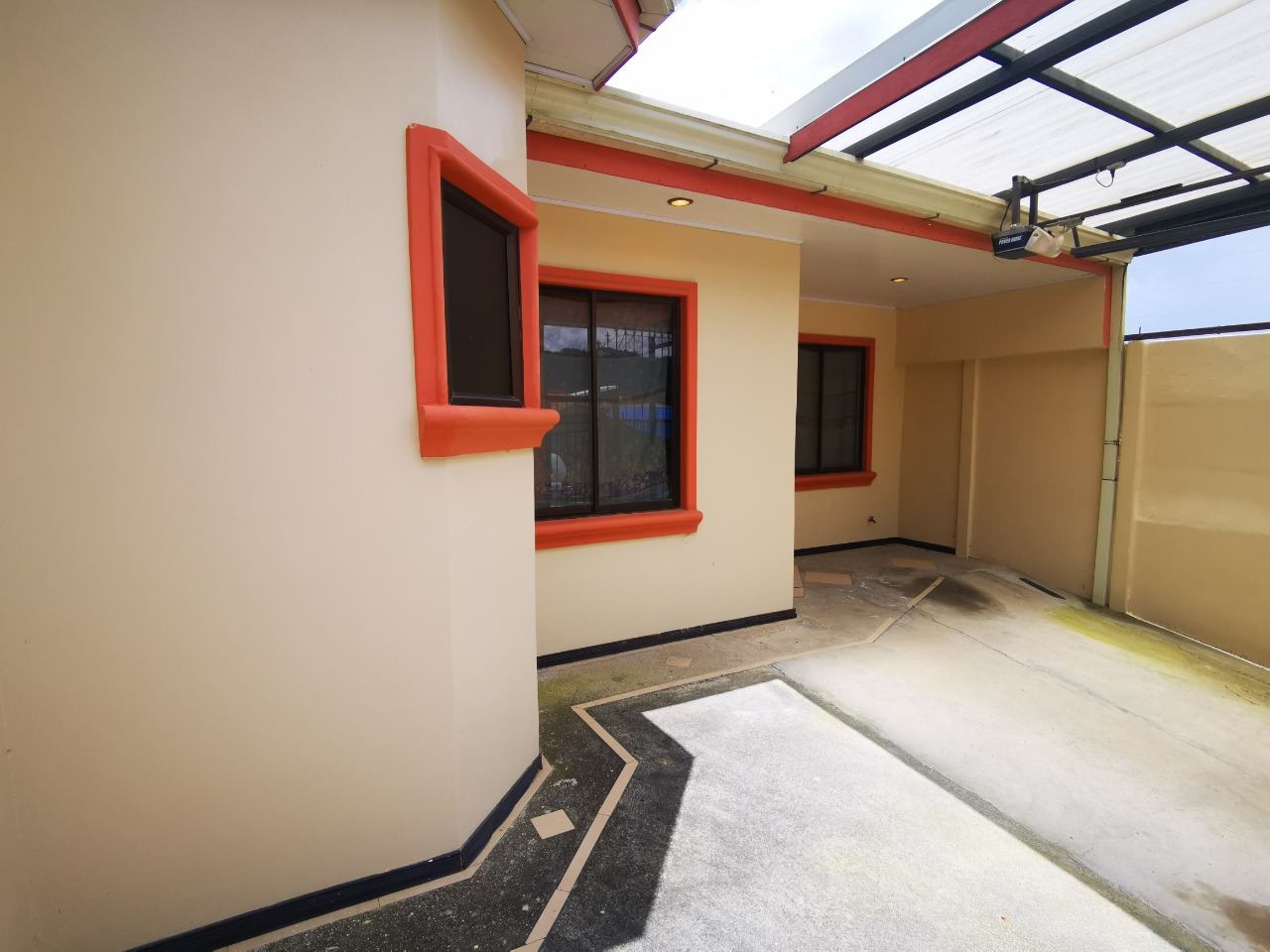 Casa en Urbanización Agua Caliente