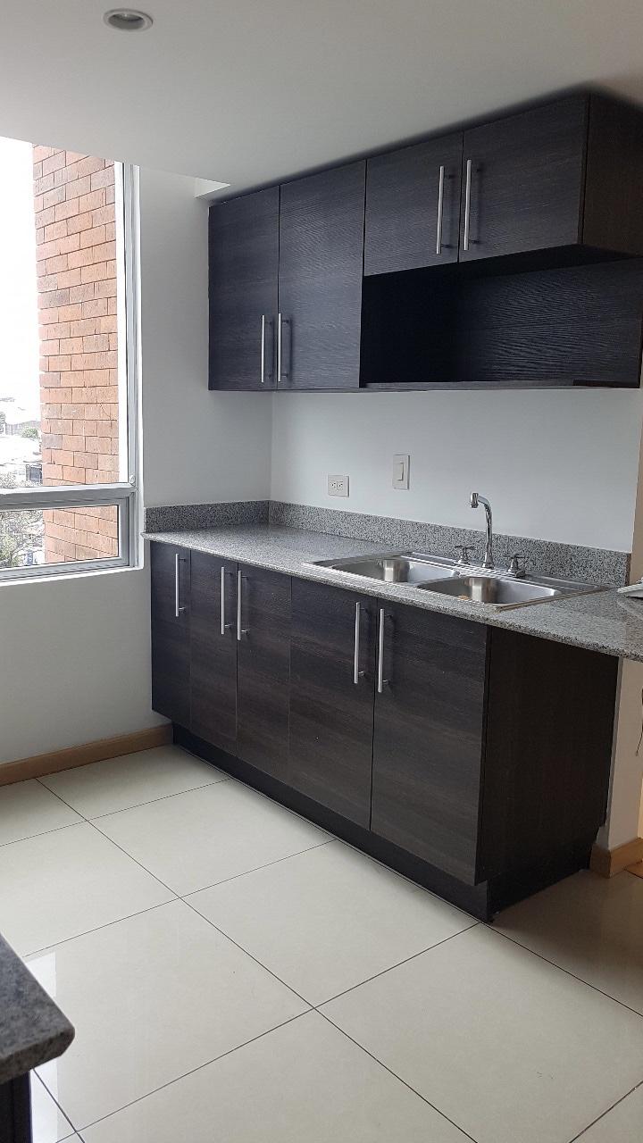 Apartamento en condominio 6-30 de 3 habitaciones