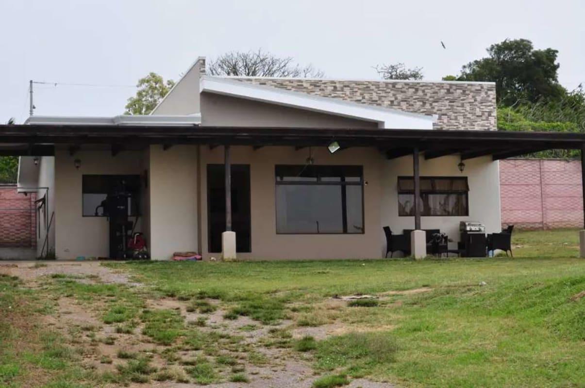 Casa nueva ubicada en Coronado