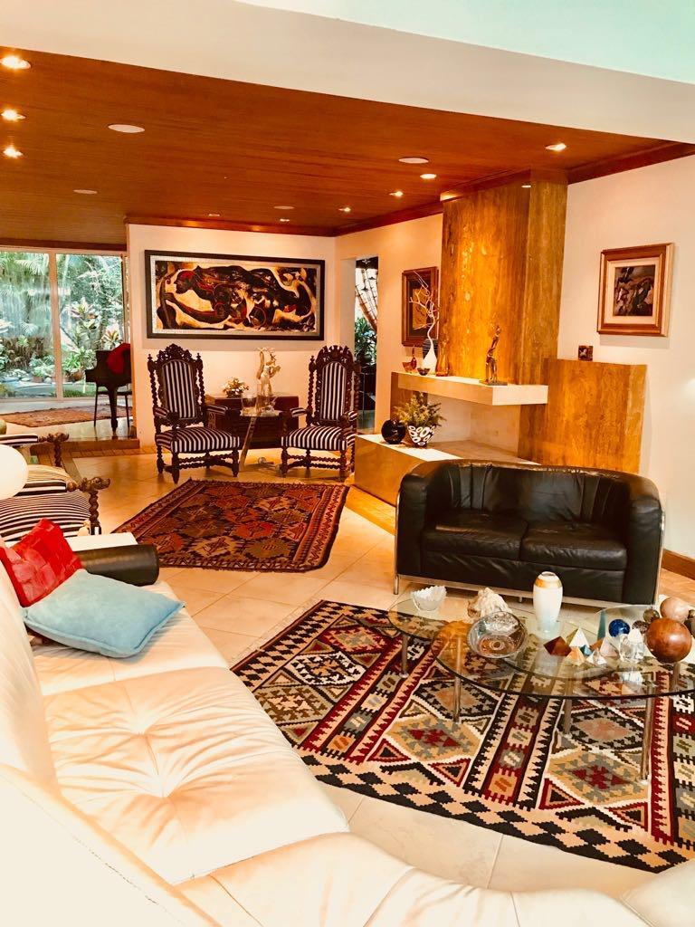 Fantástica Residencia de Lujo en San Rafael de Escazú