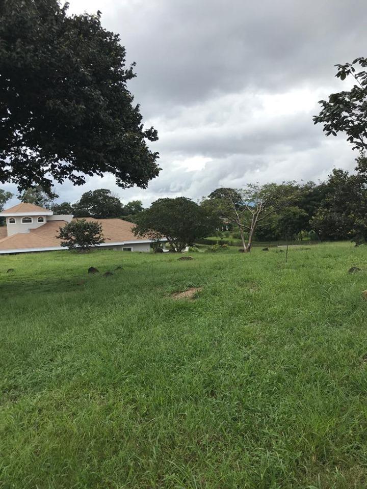 Venta de propiedad en residencial ubicado en La Guácima