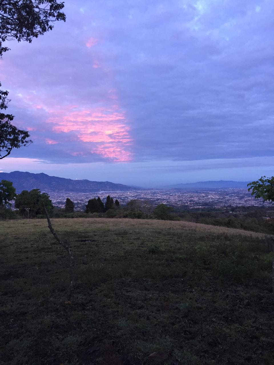 Excelente vista y clima en San Ramón de Tres Ríos