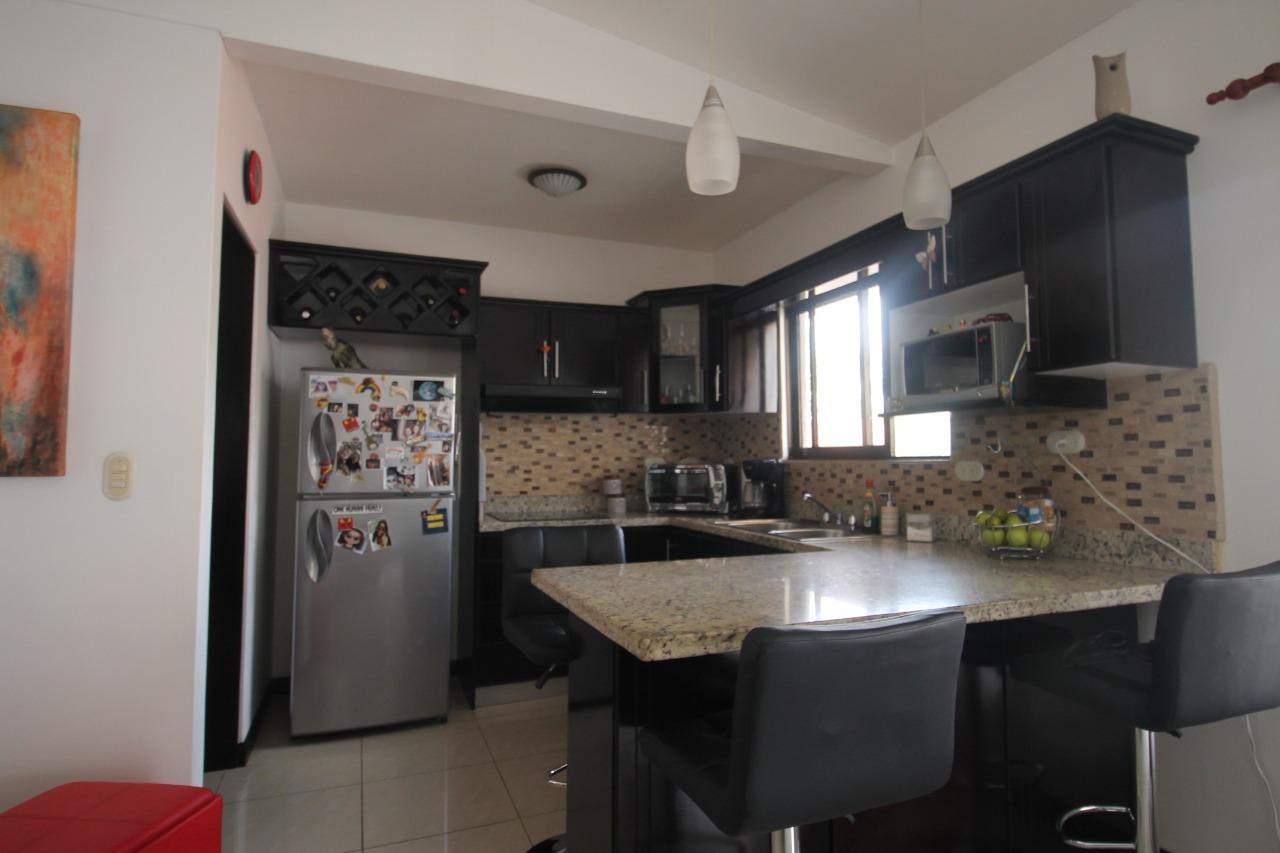 Venta de apartamento en Santa Ana de 2 habitaciones