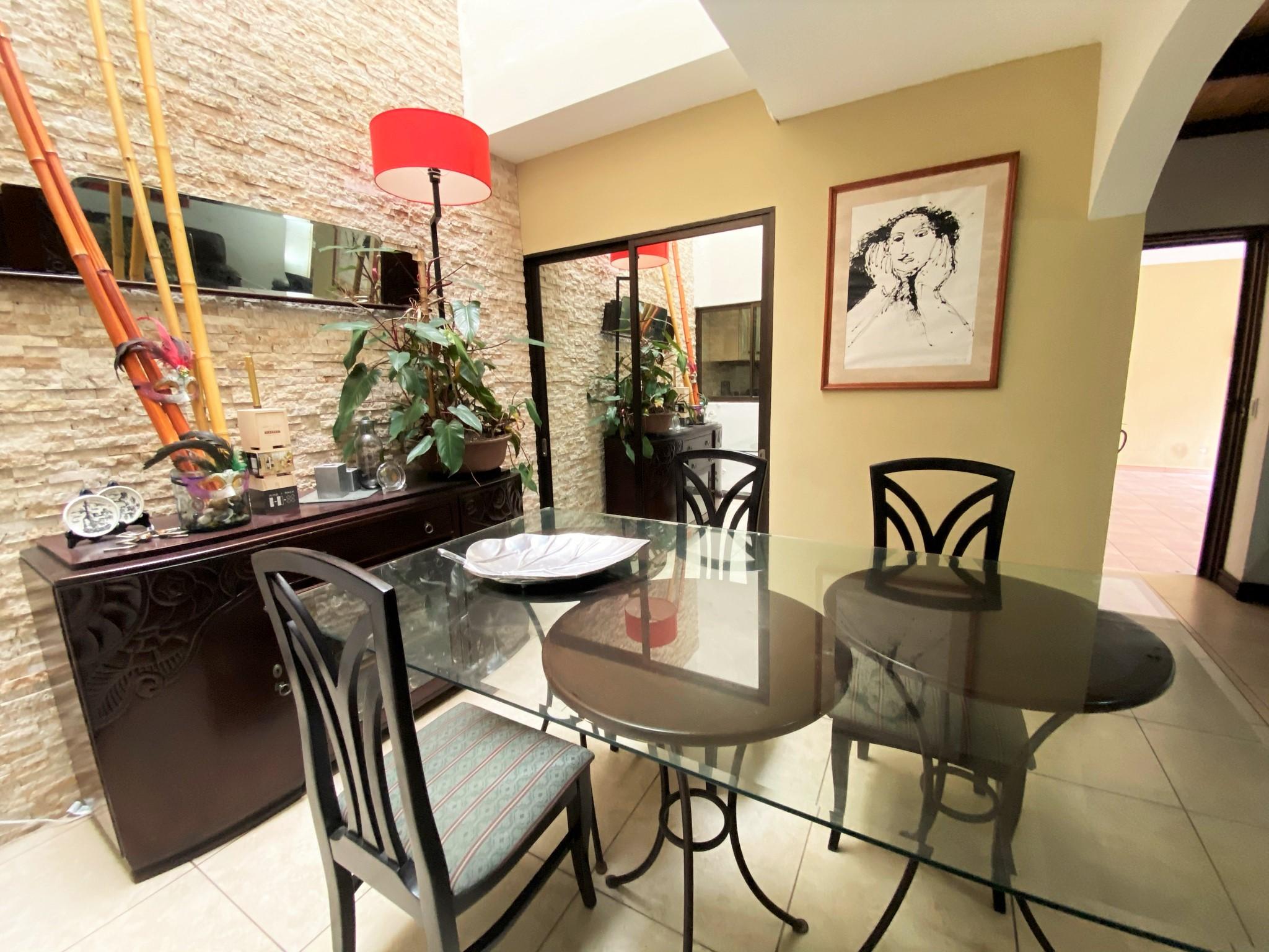 Condominio de 529 m2 Se Vende en Trejos Montealegre