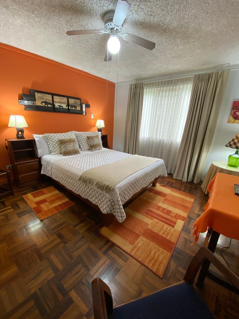 Alquiler de apartamento de 1 habitación en condominio (Cariari)