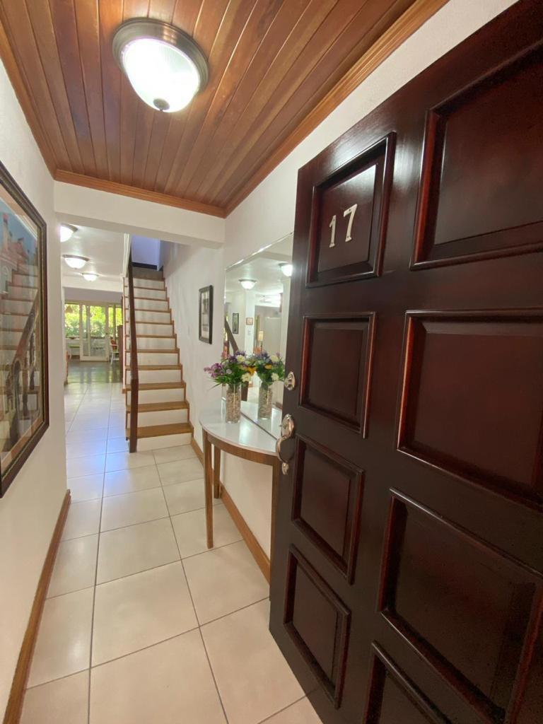 Alquiler de apartamento de 2 habitaciones en condominio (Cariari)