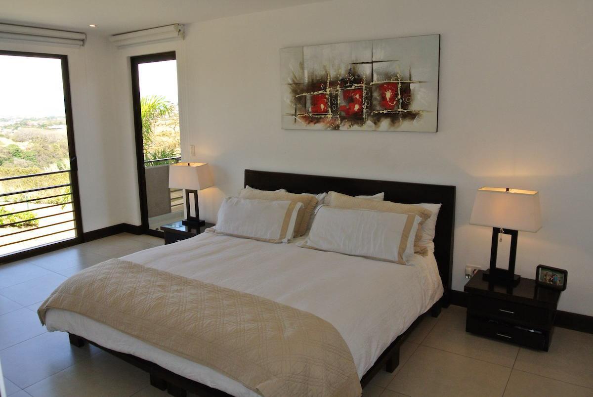 Casa en condominio de 3 habitaciones ubicado en Escazú