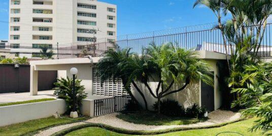 Venta de apartamento de 3 habitaciones en La Sabana