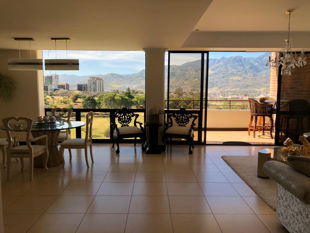 Alquiler de apartamento de 3 dormitorios en Sabana Norte