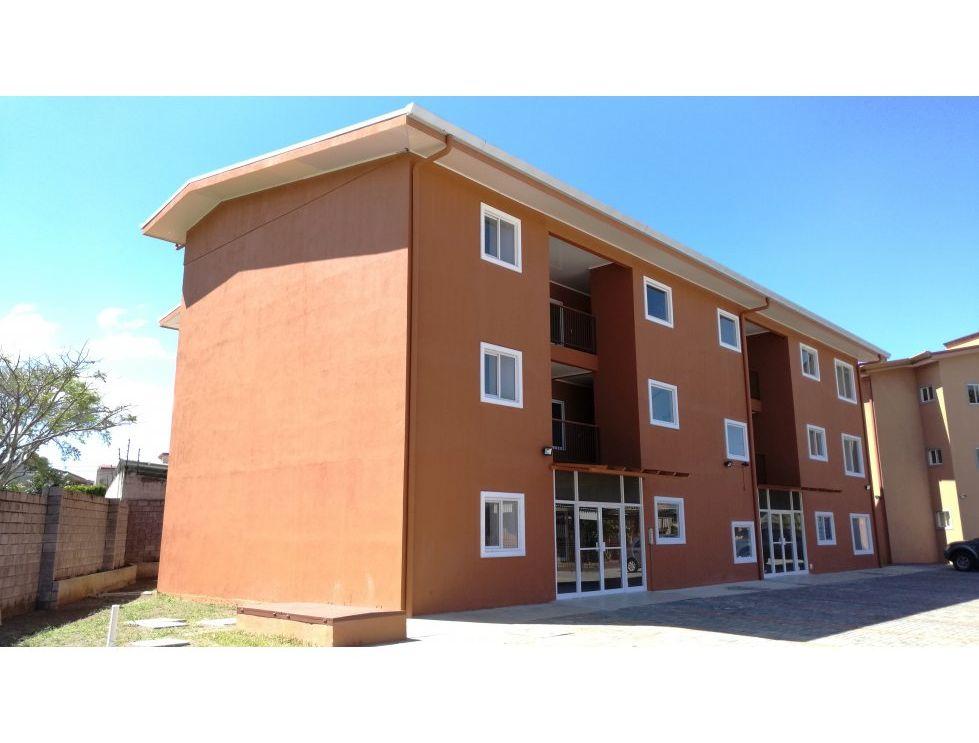Alquiler de apartamento de 2 habitaciones ubicado en Santa Ana Centro