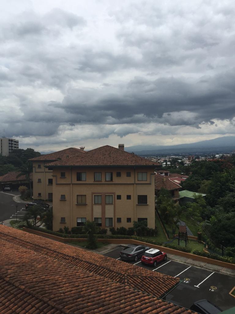 Alquiler de apartamento de 2 habitaciones ubicado en Lomas de San Rafael