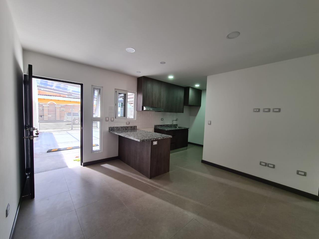 Alquiler de apartamento de 2 cuartos ubicado en Santa Ana