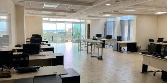 Alquiler de oficina ubicada en Escazú