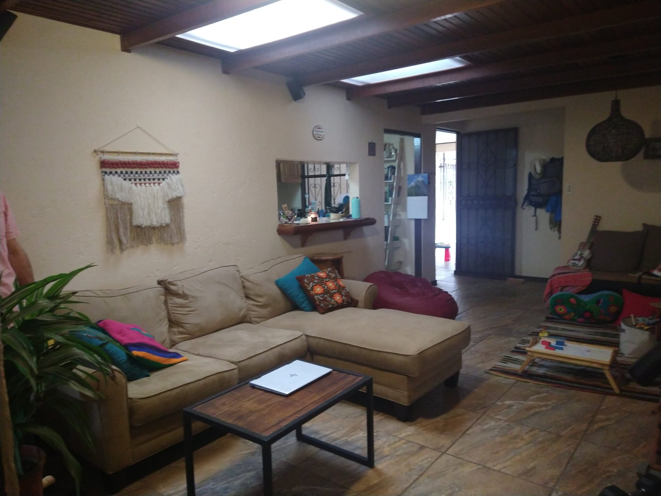 Se vende casa en el Carmen de Guadalupe, San José.